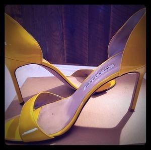 Patent Yellow Manolo Blahnik